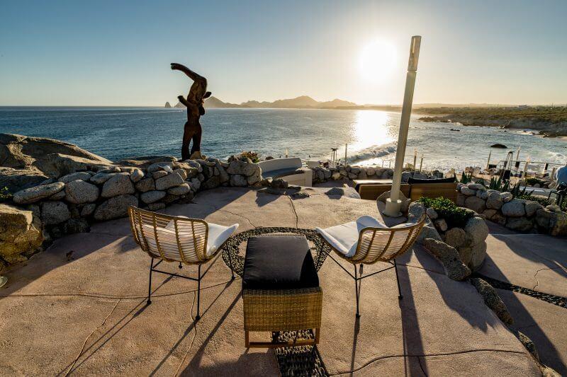 https://www.sunsetmonalisa.com/wp-content/uploads/2020/07/SunsetMonalisa_LosCabos_Restaurant_BLOG-03-800x533.jpg